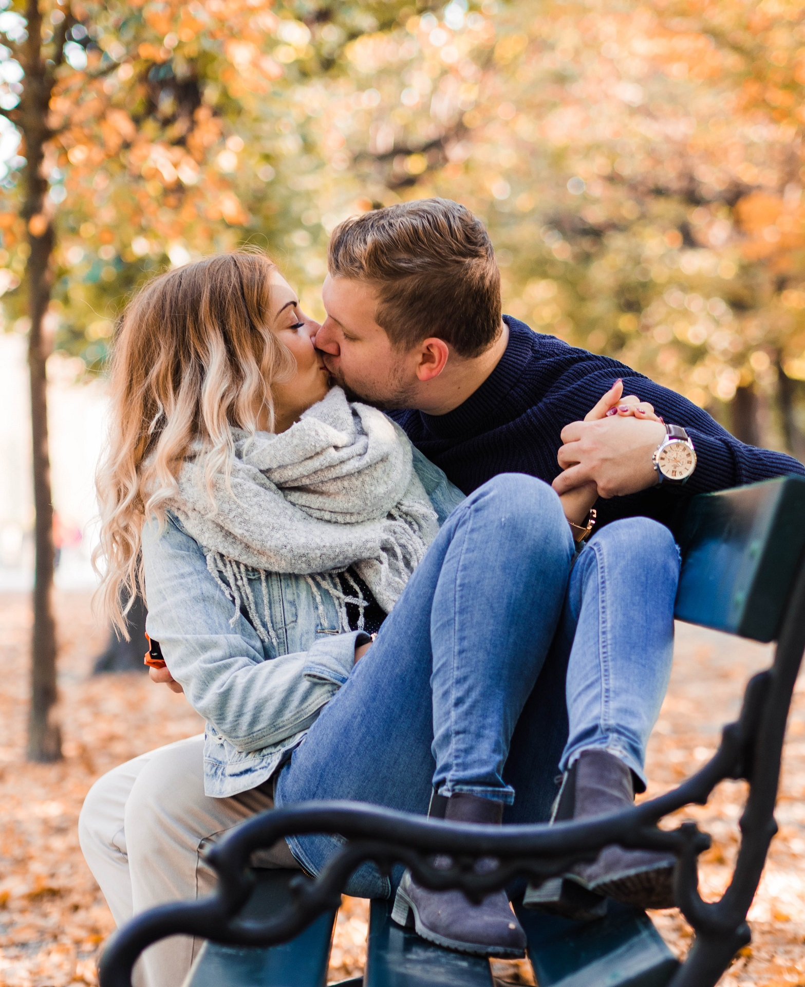 Fall Engagement Session Couple Photo Vienna Schönbrunn