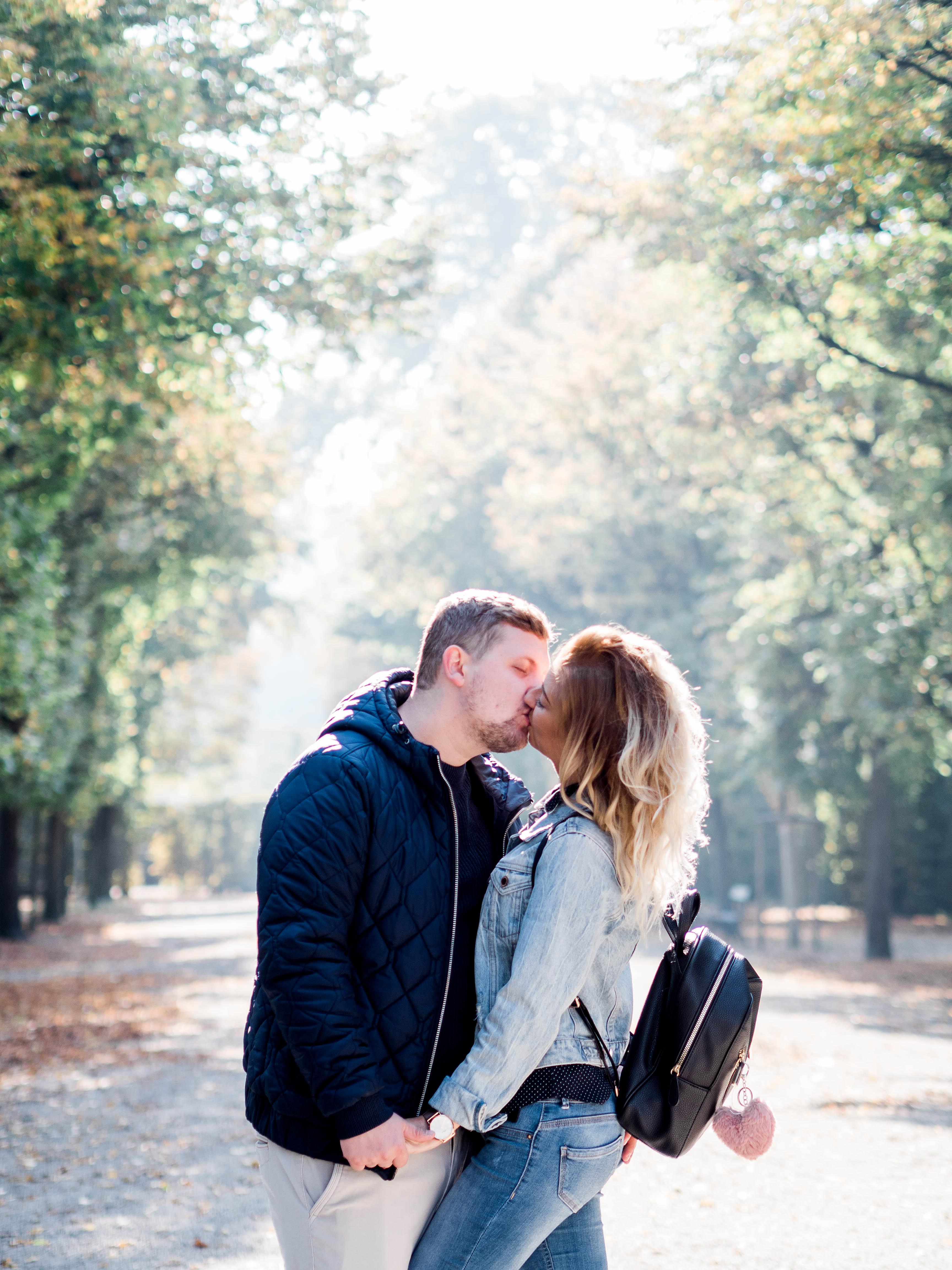 Couple shooting, engagement in Vienna, Schönbrunn