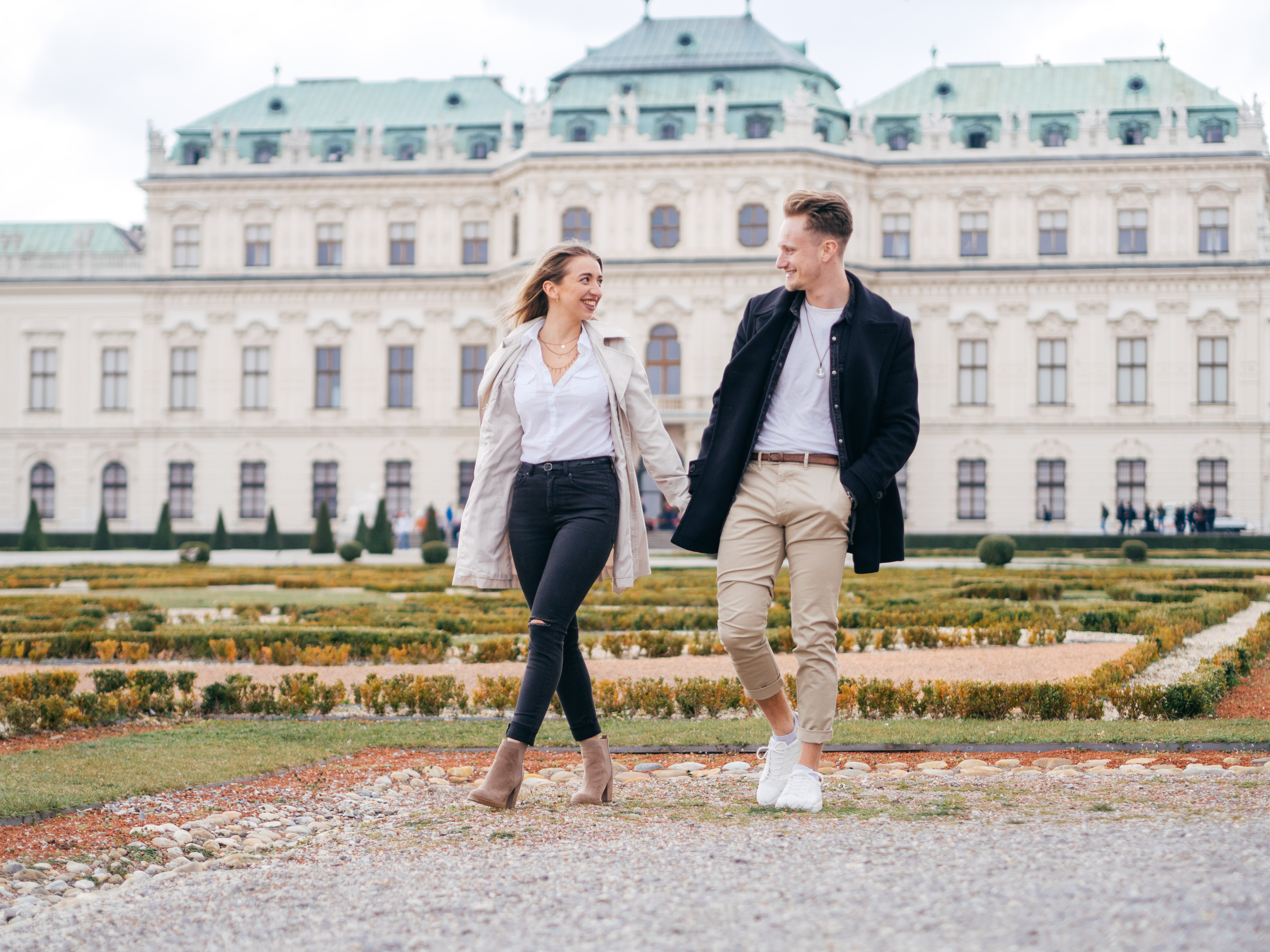 Belvedere Love Story - couple photography Vienna